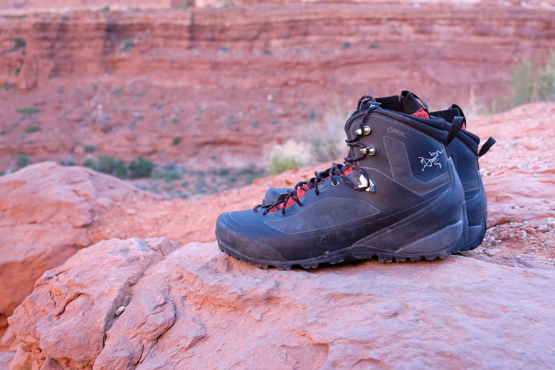Hiking shoes amazon best buy