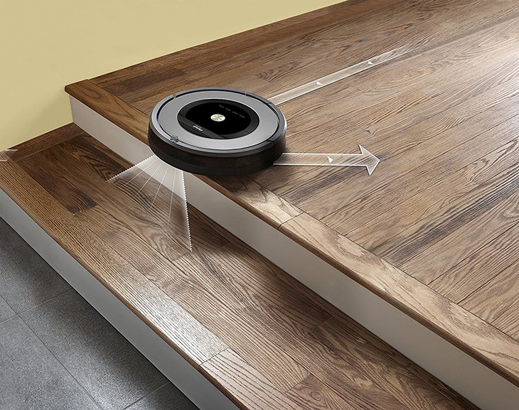 Roomba 860 on steps